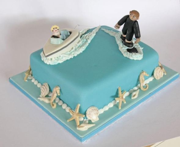 slalom waterskier cake