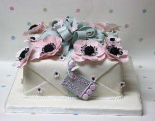 Anemone parcel cake