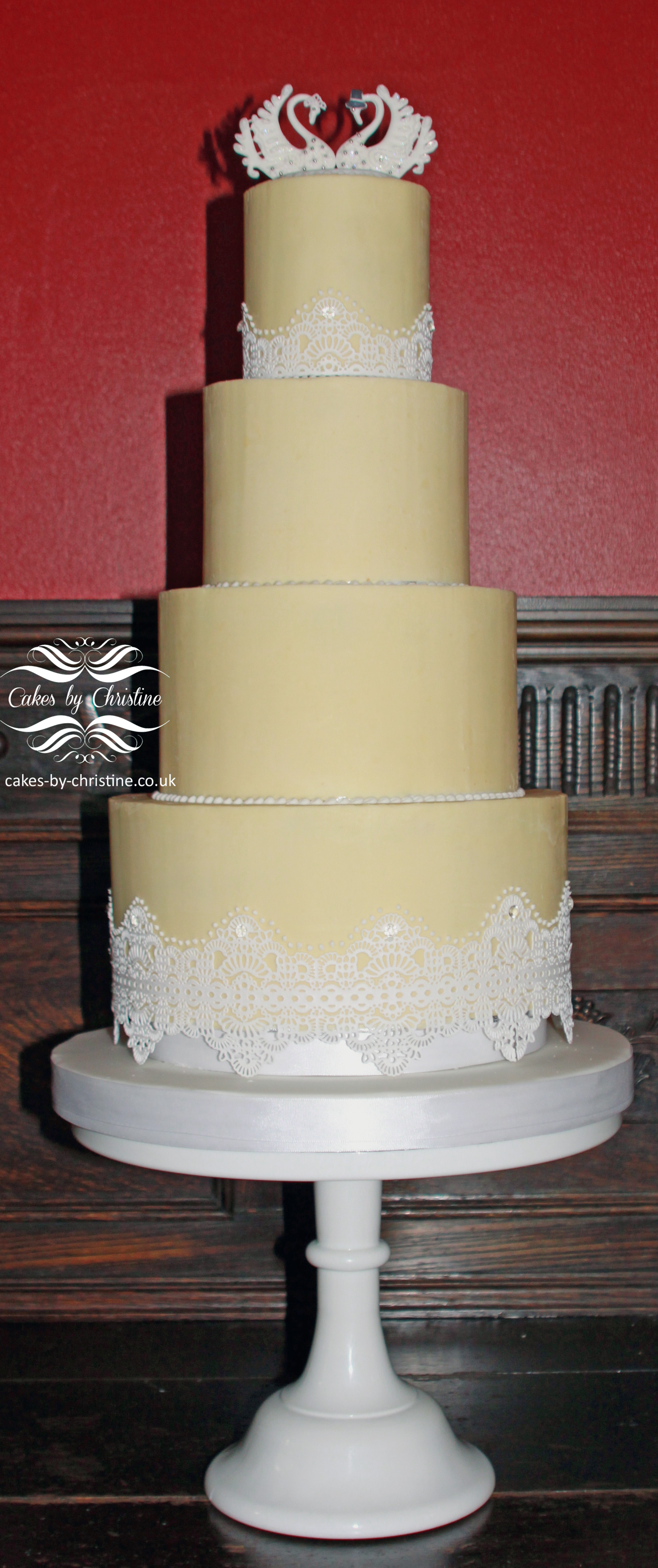 White chocolate ganache wedding cake | Cakes by Christine
