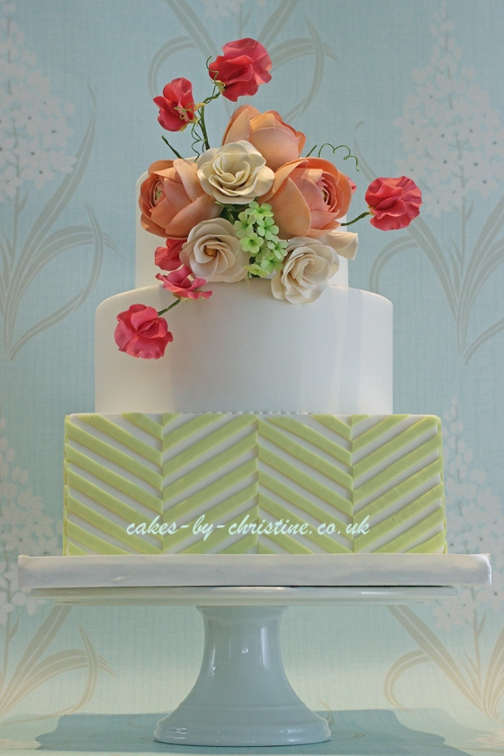 Ranunculus, Sweet Pea and Gardinia Wedding cake